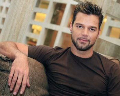 http://willyoubemyhero.files.wordpress.com/2009/09/ricky-martin0501.jpg?quality=80&strip=all