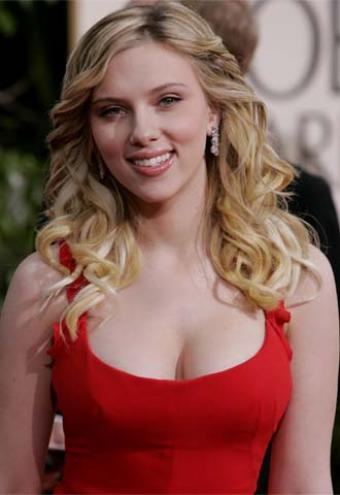 http://willyoubemyhero.files.wordpress.com/2009/10/scarlett_johansson.jpg